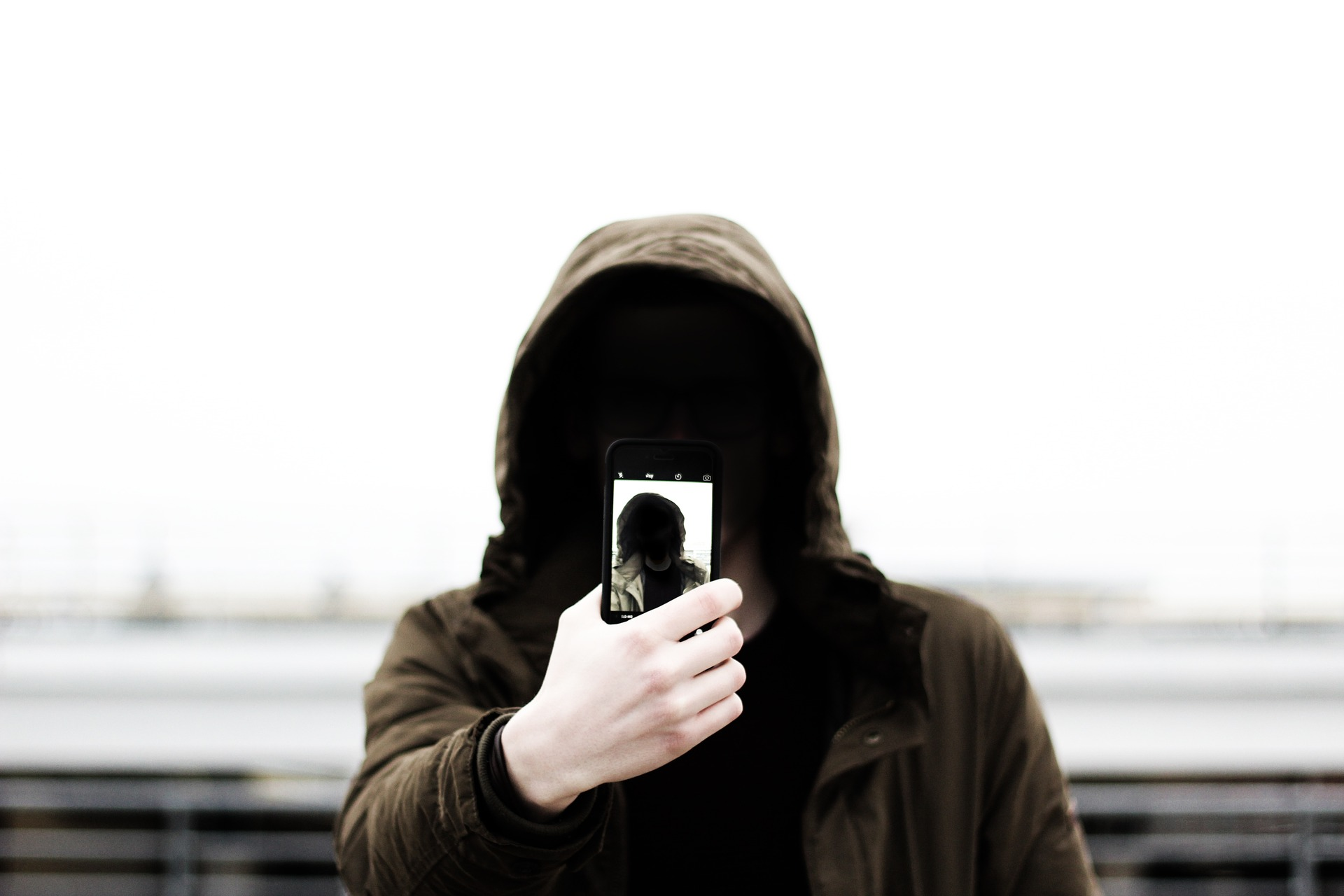 Photo-is it legal to record someone without their consent